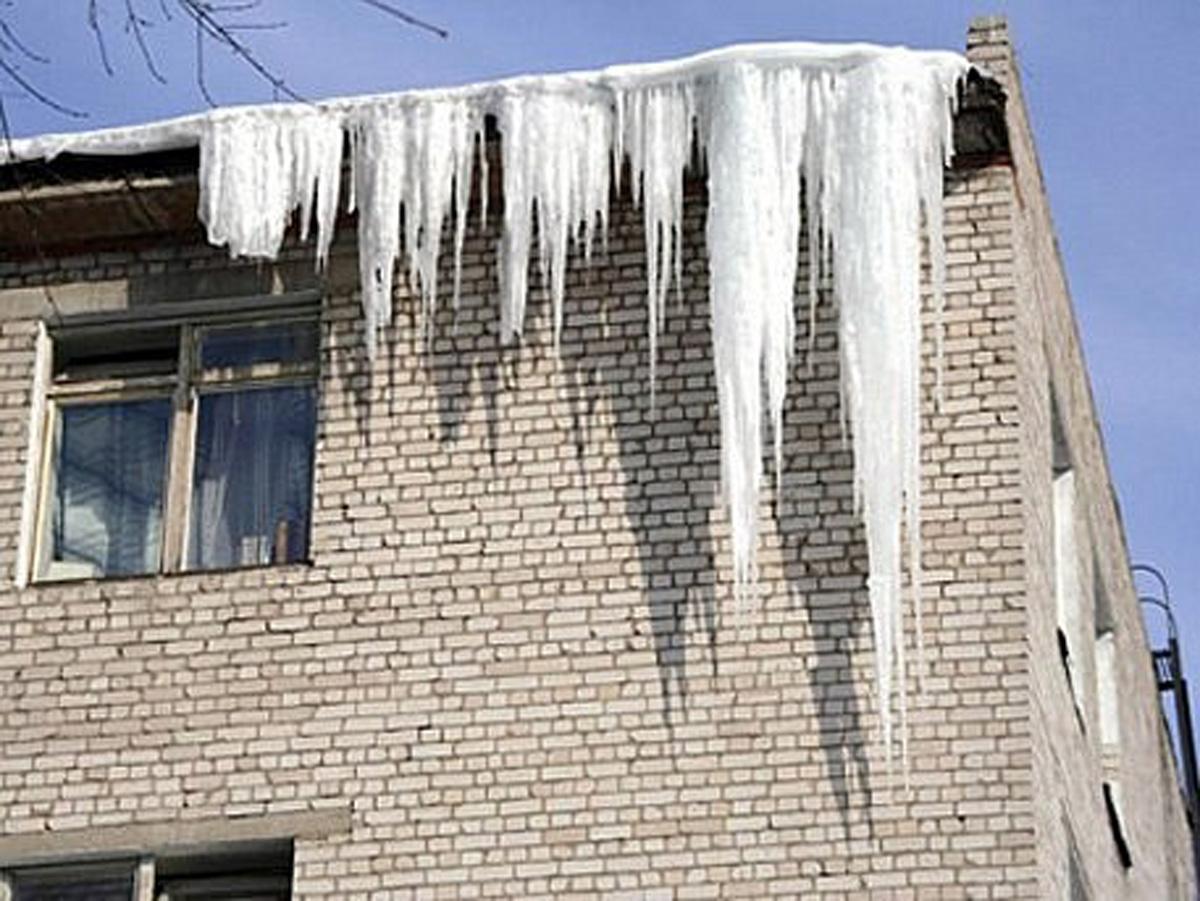 Уборка и вывоз снега, чистка крыш, купить в москве.